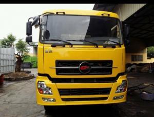 Xe tải CHUFENG 3 chân nhập khẩu nguyên chiếc