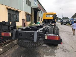 Xe tải Dongfeng 4 chân (8x2) nhập khẩu nguyên chiếc