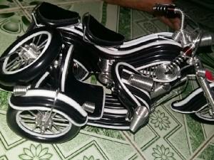 Xe 3 bánh thủ  công _ mỹ nghệ