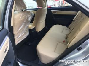 Khuyến Mãi Toyota Altis 2018 1.8 Tự Động Màu Bạc Cho Khách Đặt Hàng
