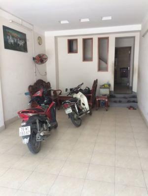 Cho thuê nhà Nguyên căn Mặt tiền đường Lê Hồng Phong, Phước Long, Nha Trang