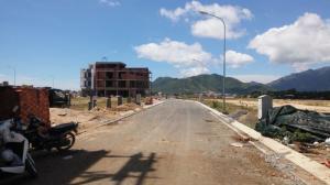 Bán nhanh 2 lô đất đẹp tại KĐT Lê Hồng Phong 1 Nha Trang. Giá bao rẻ thị trường . Vị trí: _STH18. DT: 100m2.