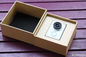 Camera thể thao chống nước xiaomi YI,gậy,remote