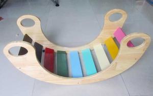 Bập bênh cầu vồng được sản xuất tại Việt Nam Chất liệu: gỗ thông Màu sắc: như hình, màu sơn an toàn đối với sức khoẻ. Kích thước: 80 x 35 x 40cm ( D x R x C)cm Độ tuổi: 1,5 - 5 tuổi 500k