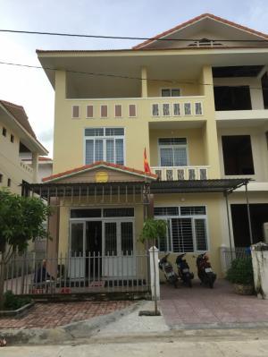 Bán nhà biệt thự vừa mới xây xong tọa lạc tại trung tâm TP Bà Rịa