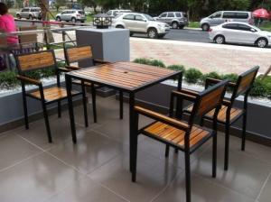 Bàn ghế gỗ quán ăn,quán làng nướng giá rẻ cần thanh lý 30 bộ Hàng mới 100