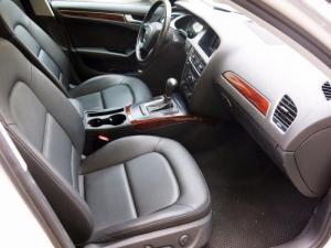 Nhà bán Audi a4 số tự động 2010 màu trắng full Option nhập Đức