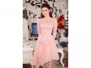 Đầm xoè tùng ren