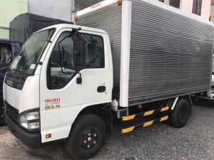 Xe tải isuzu thùng kín 2,2t bọc composite
