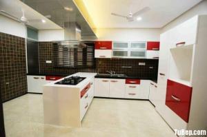 Tủ bếp gỗ Acrylic màu trắng kết hợp màu đỏ sang trọng – TBT29