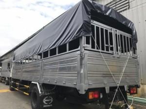 Xe tải hino FC thùng mui bạt dài 6,8 m