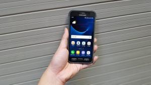 Samsung Galaxy S7 Active chống nước chống vụi chống va đập