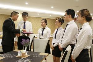 Khóa học quản lý khách sạn, nhà hàng