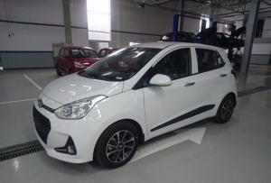Hyundai GrandI10  màu trắng 2017 giảm tiền mặt, tặng hộp đen, hỗ trợ bảo hiểm vật chất