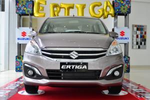 Bán xe suzuki Ertiga 2017 MPV 7 chỗ nhập khẩu khuyến mãi khủng 90 triệu