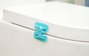 Chất liệu nhựa  cao cấp và an toàn cho sức khỏe. Cách sử dụng đơn giản, dễ dàng lắp ráp.