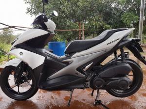 Xe máy yamaha NVX155 VVA bản cao cấp