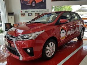 Toyota Yaris 1.5G màu đỏ Giao Ngay Khuyến Mãi Lên Tới 80 triệu đồng