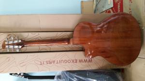 Đàn guitar sinh viên gỗ Hồng Đào giá rẻ