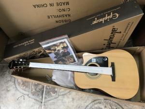 Đàn guitar EPIPHONE AJ100 N nhập khẩu