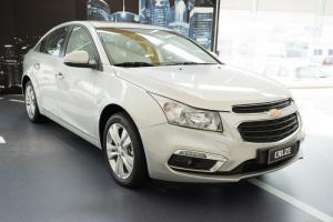 Chevrolet Cruze MT sở hữu ngay với gói ngân hàng vay 100% giá trị xe.