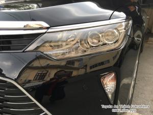 Khuyến Mãi Toyota Camry 2.0E 2018 Mới. Mua Trả Góp 300Tr