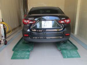 Cầu nâng 1 trụ rửa xe ô tô khuyến mãi tưng bừng vào cuối năm