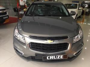 Chevrolet Cruze 1.6 LT, hỗ trợ vay lên đến 95% thủ tục đơn giản, không cần thế chấp.