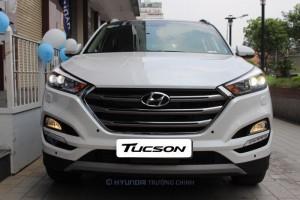 Hyundai Tucson 2017  máy xăng 1.6 Turbo mới 100%