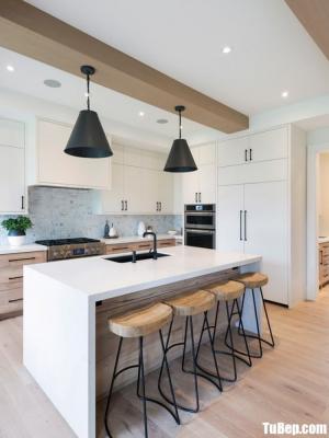 Mẫu tủ bếp gỗ Laminta vân gỗ– TBN0036