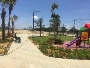 Bán lô đất đối diện công viên Hội An 450 triệu