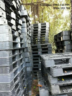 Giá pallet nhựa cũ Hà Nội 140K - Miễn phí vận chuyển với số lượng lớn