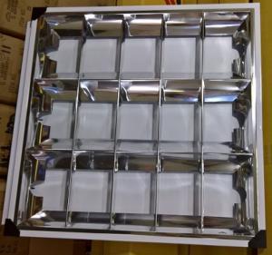 Máng đèn led âm trần 600x600 Lezza