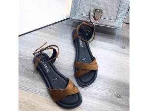 Giày sandal chéo Nâu