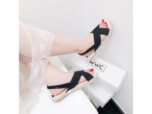 Sandal Nữ đen chéo viền cối