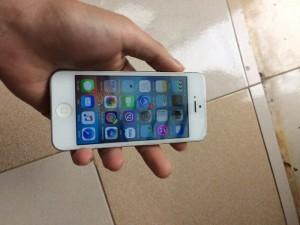 IPhone 5 .32gb xách tay Úc