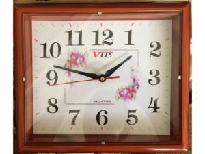 Đồng hồ treo tường Vip