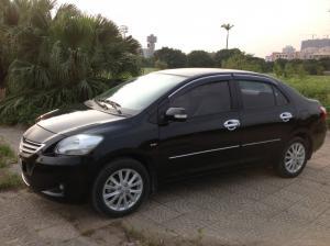 Gia đình cần bán xe Toyota Vios 1.5E màu đen sx cuối 2010. lh chính chủ