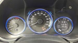 Bán Honda City 1.5AT màu bạc số tự động sản xuất 2016 đi 16000km