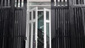 Bán nhà 3.5x11, 1 trệt 1 lầu đúc thật, hẻm 3m, nhà kế bên trường