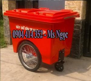Đấu thầu xe thu gom rác 660 lít, thùng rác nhựa composite 660 lít