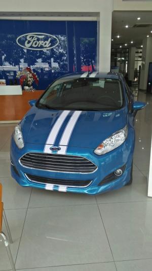 Bán xe Ford Fiesta (xe mới, đời 2017)