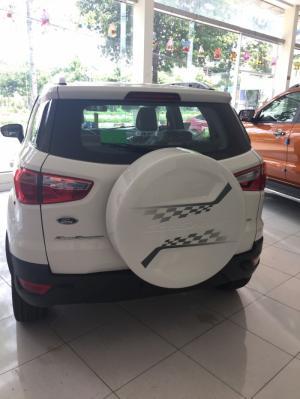 Bản Ford EcoSport 1.5L Trend- MT: Ngoại thất bao gồm: đèn trước Halogen; đèn sương mù; gương chiếu hậu tích hợp báo rẽ; vành đúc 16