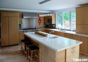 Tủ bếp Laminate vân gỗ chữ L kết hợp bàn đảo