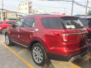 Ford Explorer 2.3 Ecoboost mầu Đỏ khuyễn mãi lớn giá tốt nhất.