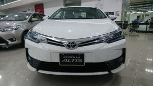 Toyota Altis 2.0V Luxury 2017 đẳng cấp trong phân khúc, trả trước 10% nhận xe ngay