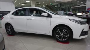 Toyota Altis 2.0V Luxury 2018 đẳng cấp trong phân khúc, trả trước 10%