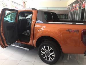 Khuyến mãi mua xe Ranger 0945.140.234 gặp Đạt