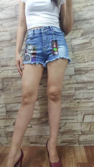 Short jean nữ in chữ, Cotton không giãn