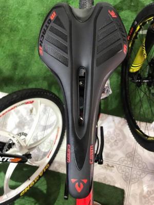 Xe đạp Motachie XC 1000 2017, mới 100%, miễn phí giao hàng